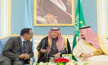 King holds wide-ranging talks with Somali leader