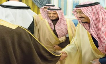 Saudi king receives grand mufti, other key officials