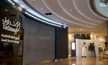 Saudi indices go down early Tuesday