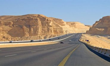 Saudi Arabia injects SAR 4bn in road maintenance contracts