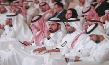 Saudi minister seeks best investment environment for health sector
