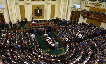 Egypt's cabinet to address parliament on economic conditions and hostile media campaigns